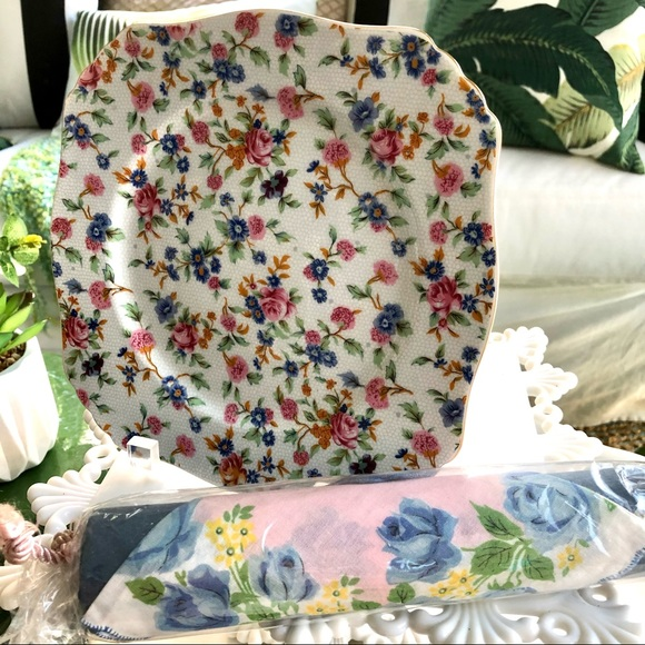 Two's Company Chintz Style DISPLAY PLATE + Hanky